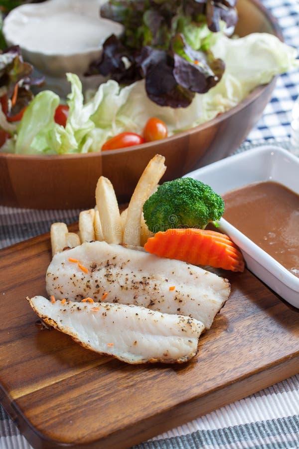 Download 海鲜 库存图片. 图片 包括有 健康, 节食, 烹调法, 背包, 海鲜, 市场, 准备, 捷克人, 烹调 - 62533199
