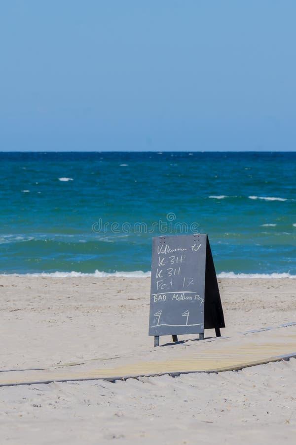 海滩和海洋 免版税库存图片