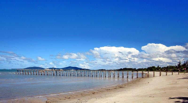 海滩巴图Bedaun印度尼西亚 免版税库存图片