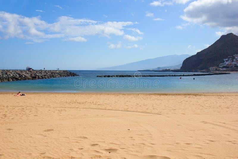 海滩圣克鲁斯de特内里费岛,西班牙 免版税库存照片