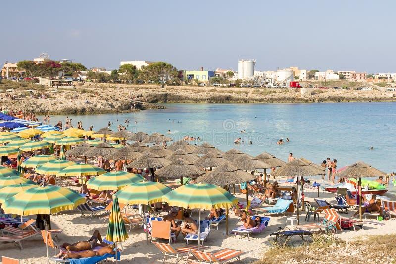 海滩在兰佩杜萨,意大利 免版税库存照片