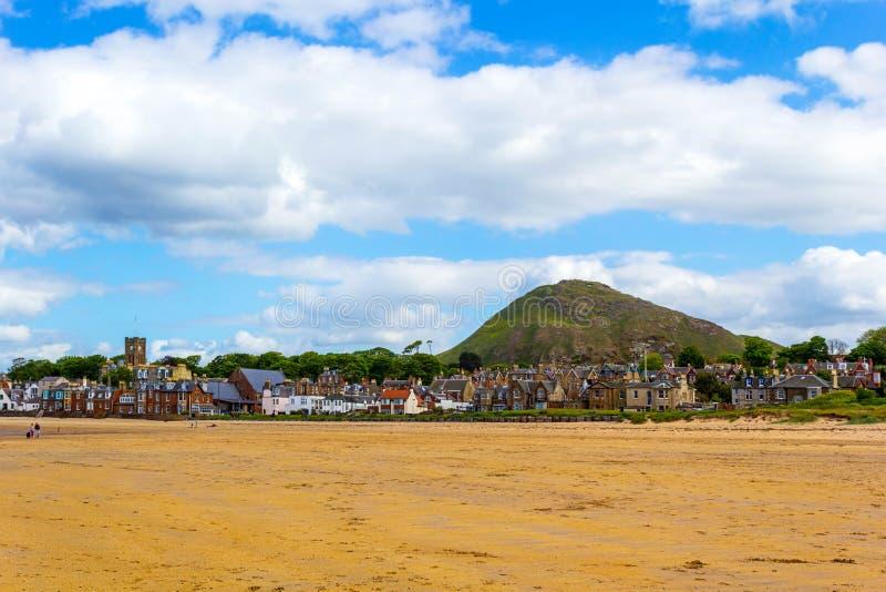 海滩在北部Berwick,苏格兰 免版税库存图片