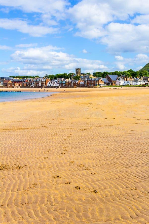 海滩在北部Berwick,苏格兰 库存照片