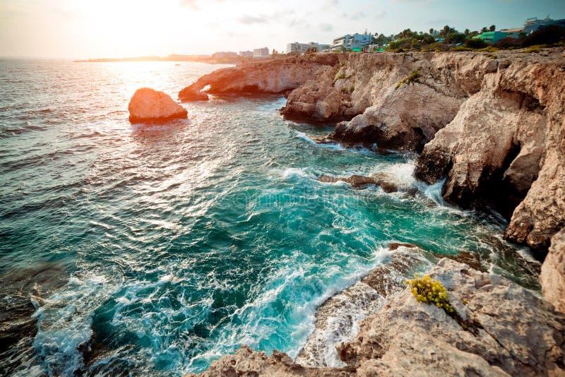 海洞在Ayia Napa,塞浦路斯 调整的颜色口气 库存照片