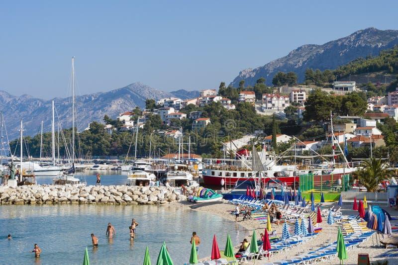 海滩在Brela,克罗地亚 免版税库存图片