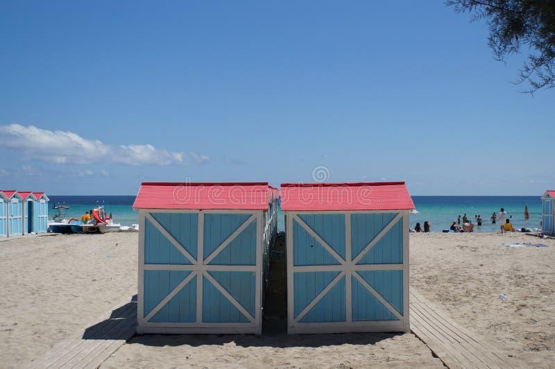 海滩小屋在Mondello 图库摄影