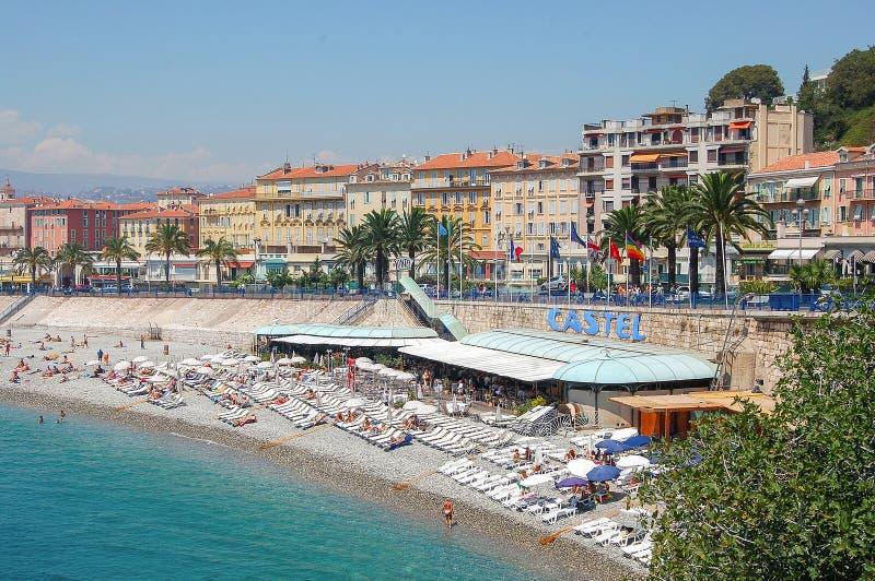 海滩尼斯的Castel - 库存照片