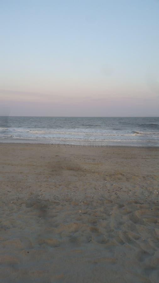 海滩撤退 免版税库存照片