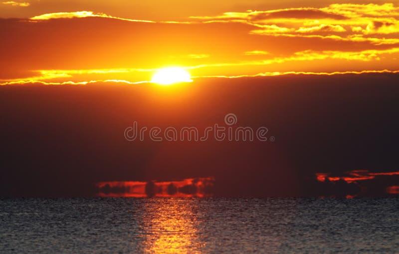 Download 海滩日出 库存图片. 图片 包括有 改良, 海岸线, 本质, 自由, beauvoir, 颜色, 海岸, 水色 - 62533717