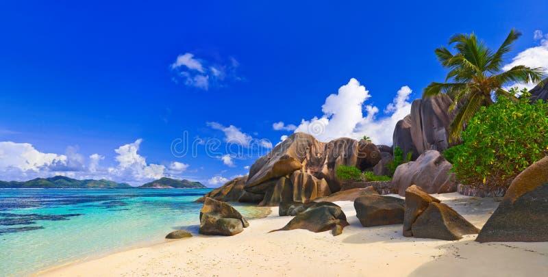 海滩来源d'Argent在塞舌尔群岛 免版税库存照片