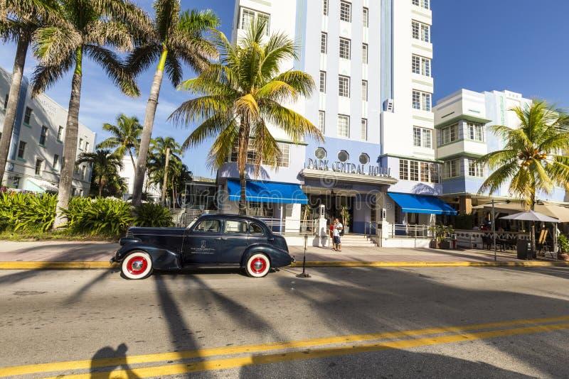 海滩汽车迈阿密葡萄酒 免版税库存照片