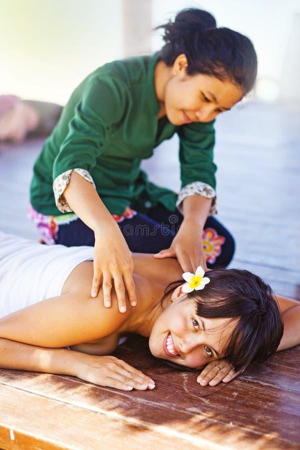 海滩温泉的妇女 库存图片