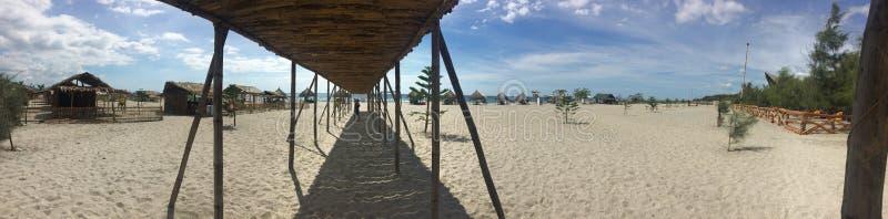 海滩的全景 免版税图库摄影