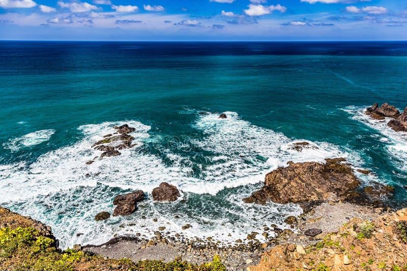 海洋石海岸或岸  库存图片
