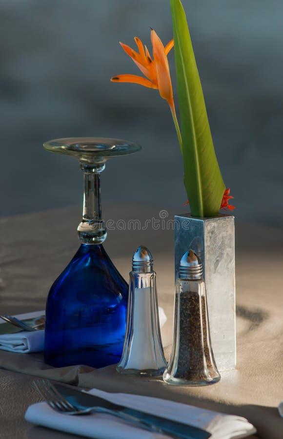 海滩边Dinning 免版税库存图片