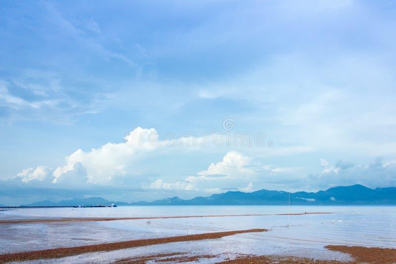 Download 海滩,假日 库存照片. 图片 包括有 海运, 天堂, 本质, beauvoir, 手段, beautifuler - 72356146