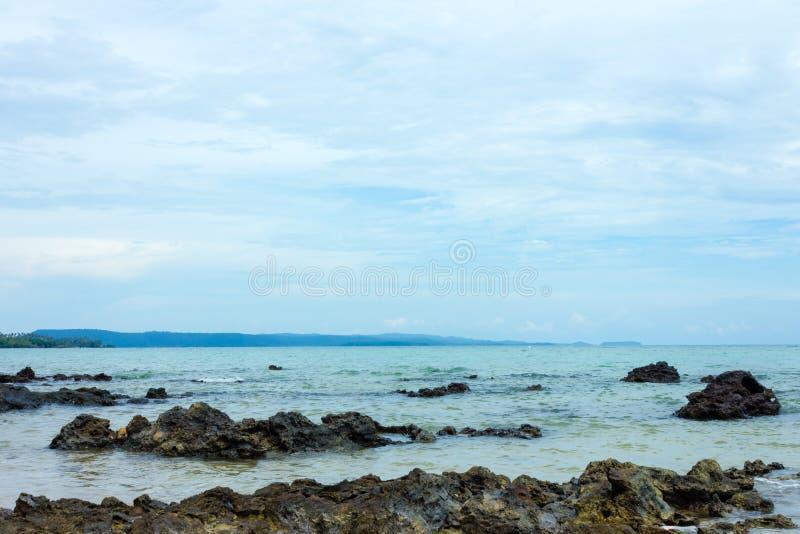 Download 海滩 库存图片. 图片 包括有 夏天, 晒裂, 海洋, 天空, 平房, 横向, 目的地, 坎昆, 异乎寻常 - 72357703