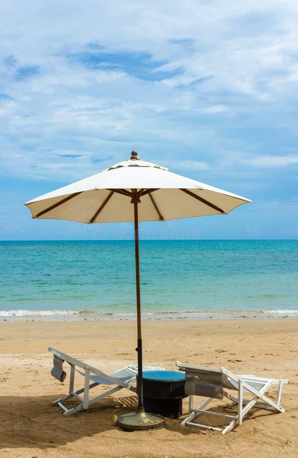 Download 海滩 库存照片. 图片 包括有 beauvoir, 手段, 异乎寻常, 加勒比, beautifuler - 72357810