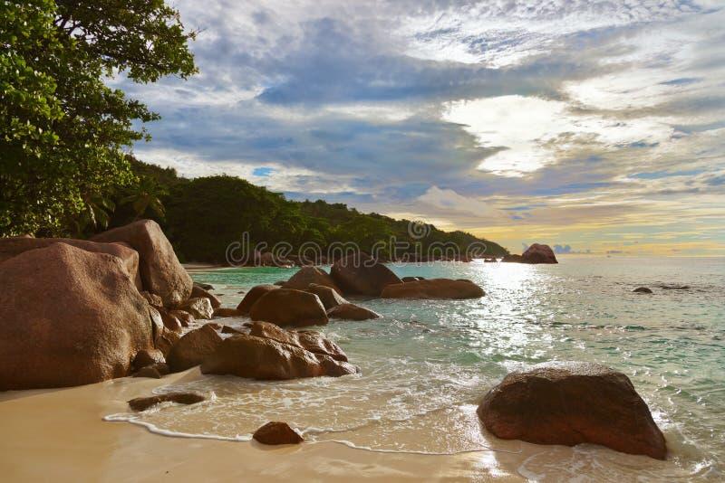 海滩Anse拉齐奥-塞舌尔群岛 库存图片