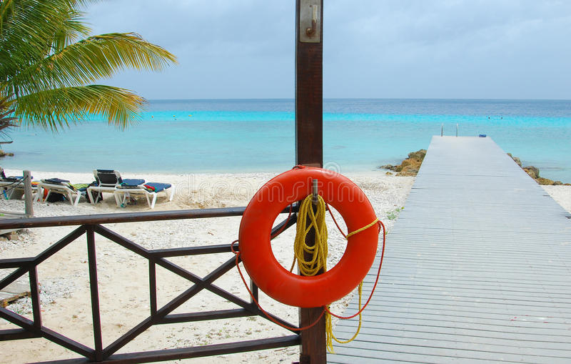 海滩Lifebuoy 库存照片