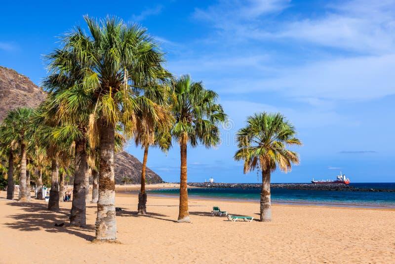 海滩Teresitas在Tenerife -加那利群岛 免版税库存照片