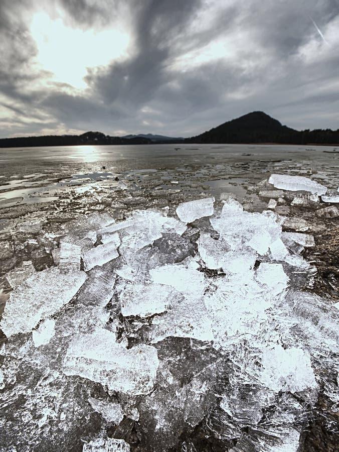 消失的冰川 融化冰河对海底生态系的姿势威胁 免版税库存图片