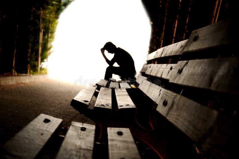 消沉,青少年的消沉,痛苦,痛苦, tunn 免版税库存照片