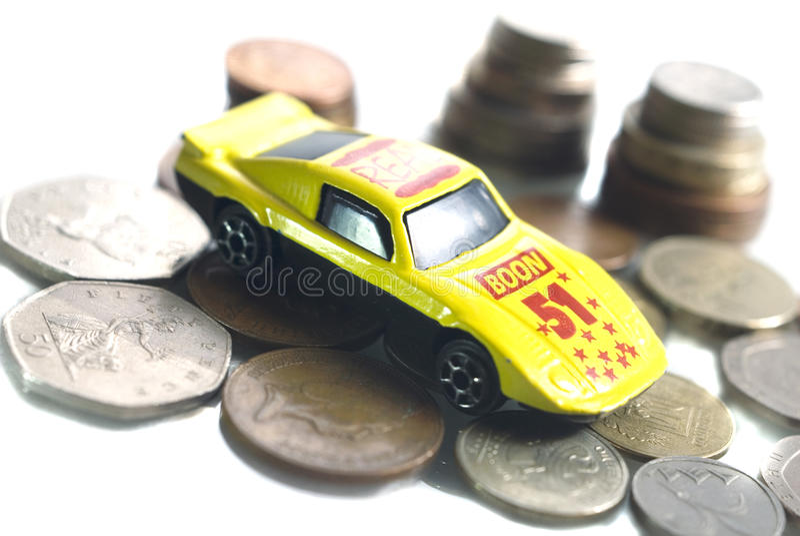 Download 消耗大的汽车 库存照片. 图片 包括有 赊帐, 收入, 汽车, 货币, 进展, automatics, 投资 - 22358804