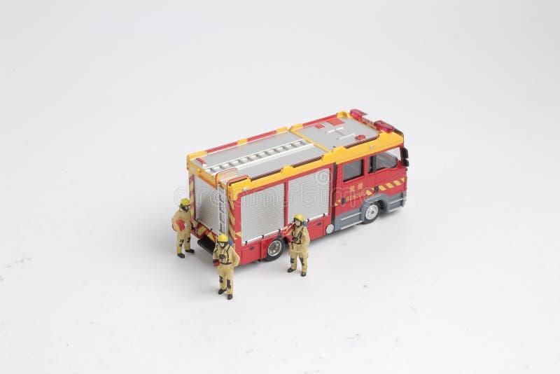 Download 消防员和卡车的图乐趣 库存例证. 插画 包括有 运输, 盔甲, 行业, 战斗机, 图标, 保护, 齿轮 - 103749500