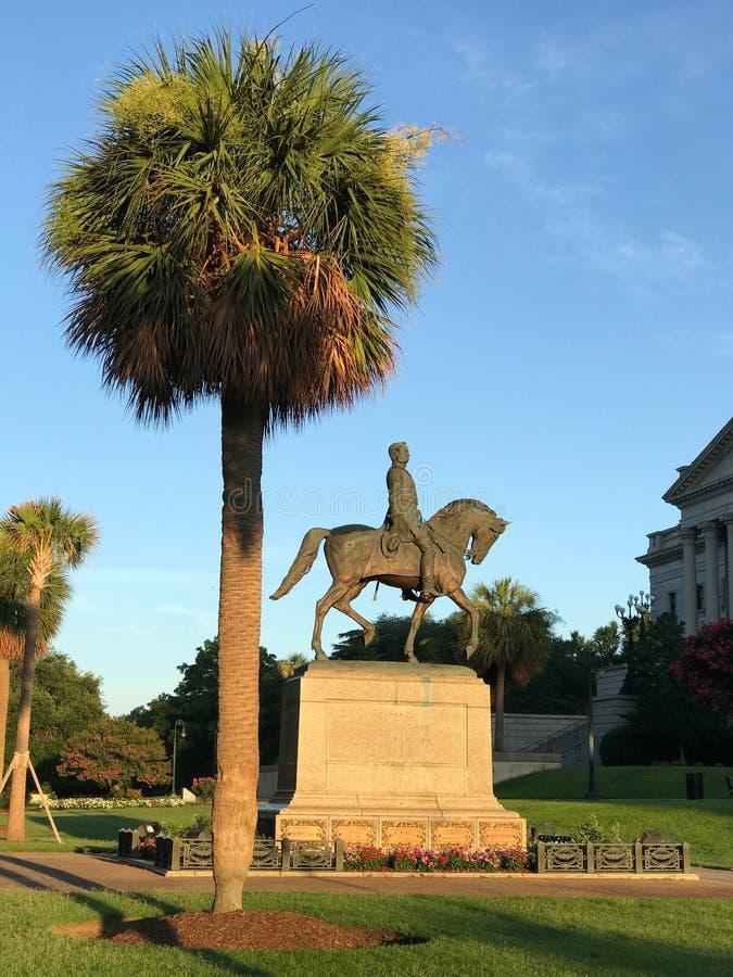 涉过在SC状态议院地面的汉普顿III纪念碑 库存图片