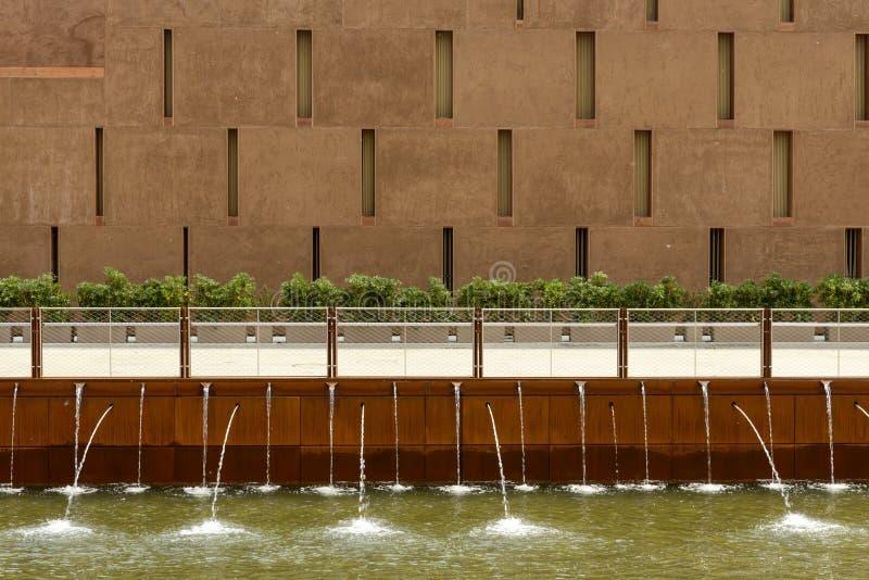 涌出的喷泉,商展2015年米兰 库存照片