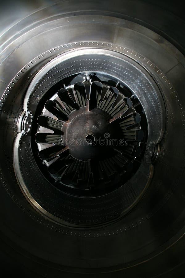 涡轮发动机外形 航空技术 航空器在博览会的喷气机引擎细节 免版税库存照片