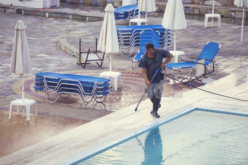 洗涤的游泳池周围4 库存图片