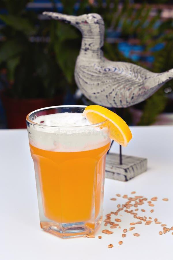 淡未过滤的啤酒 库存照片