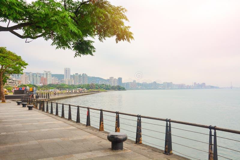 淡水市中心夕阳公园景观 免版税库存照片