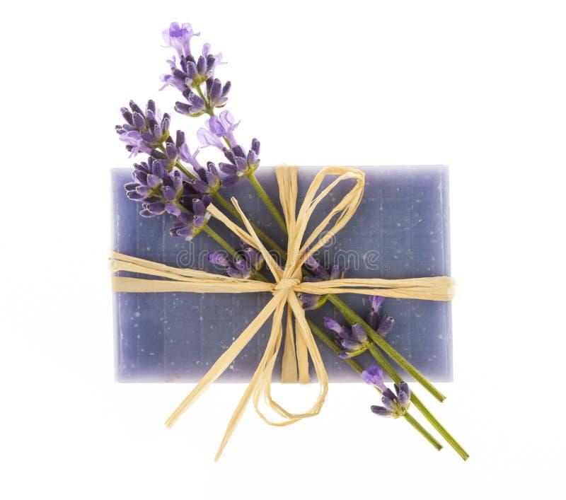 淡紫色手工制造肥皂 免版税库存图片
