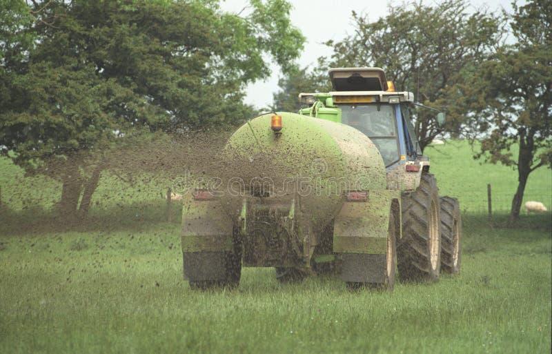 淤浆在田地中扩散,英国 库存照片