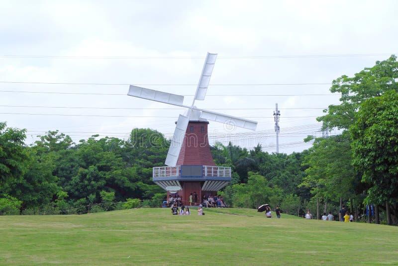 深圳荷兰山上面风车 库存照片