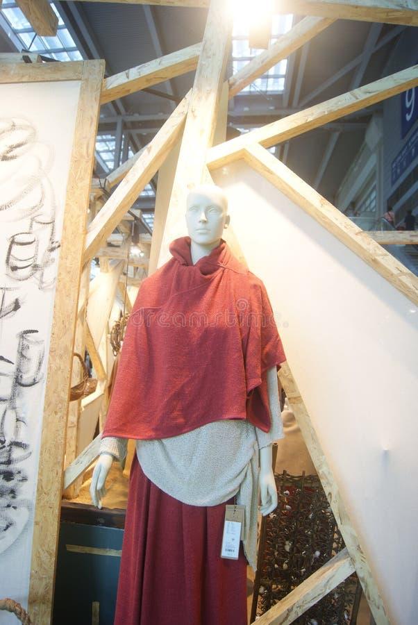 深圳,中国:衣物塑料模型 库存照片