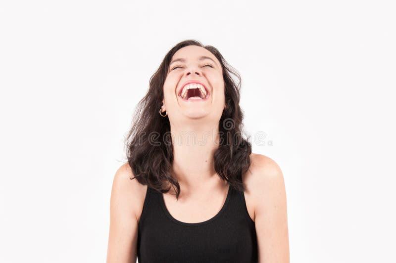 年轻深色欧洲妇女笑 免版税库存图片