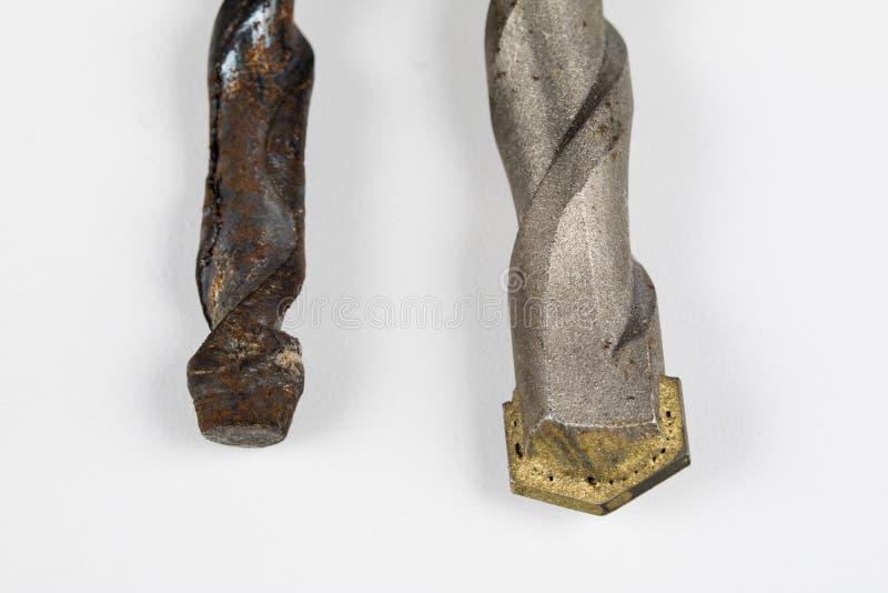 混凝土的老使用的钻头 为建筑的损坏的工具 库存照片