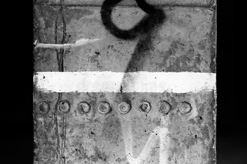 混凝土ii油漆柱子白色 免版税图库摄影
