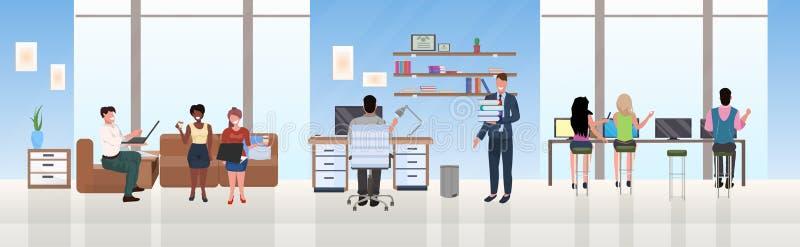混合种族买卖人雇员成功的配合概念勤勉过程露天场所创造性的共同工作的中心 库存例证
