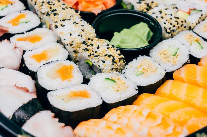 混杂的寿司板材 免版税库存图片