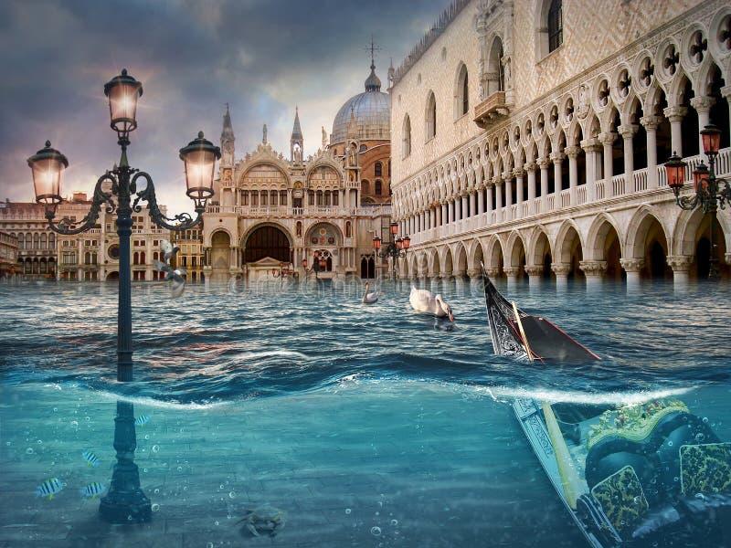 淹没威尼斯 超现实的概念性艺术品 公寓自行车装饰好房子处理照片照片河对下面墙壁水 免版税库存图片