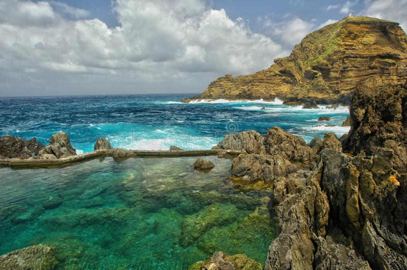 清楚的海洋水池 免版税库存图片