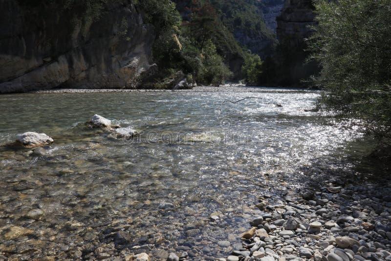 清楚的维登峡谷的特写镜头用法语普罗旺斯,维登du Gorges 免版税库存照片