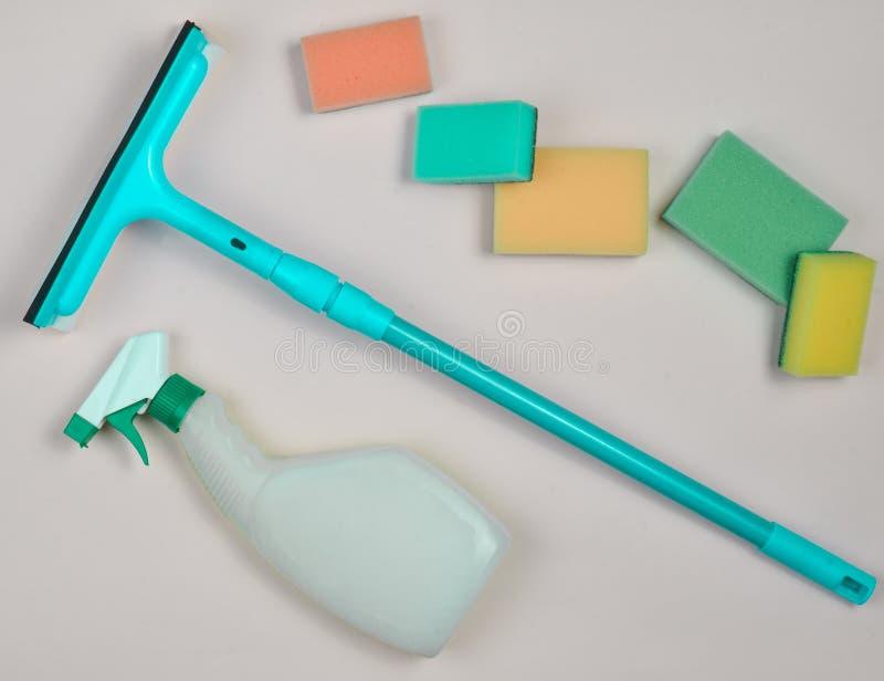 清洗的玻璃窗的产品 库存照片