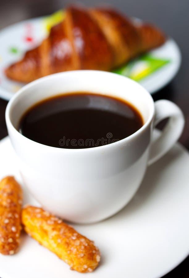 清淡的新鲜的早餐和咖啡。 库存图片