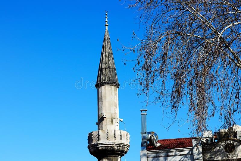 清真寺和蓝天 免版税库存照片